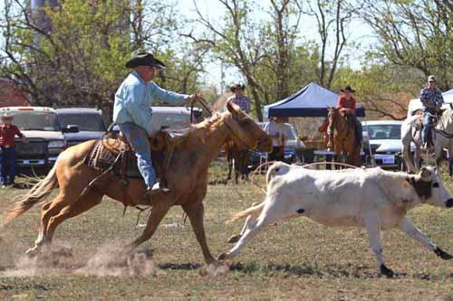 Chops Pasture Roping, 10-01-11 - Photo 22