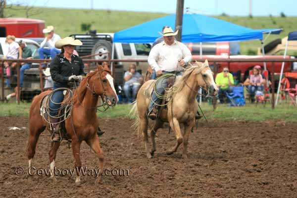 Muddy Hunn Ranch Rodeo, 06-28-14 - Photo 04