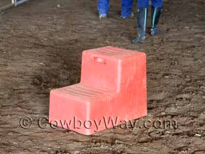 Red horse mounting block