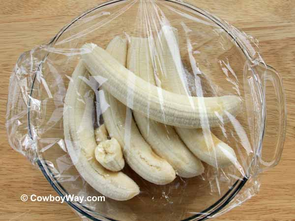 Five bananas in a bowl