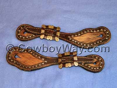 Two-piece spur straps with buckles