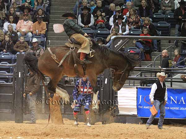 Kyle McCord riding a ranch bronc at the WRCA Finals