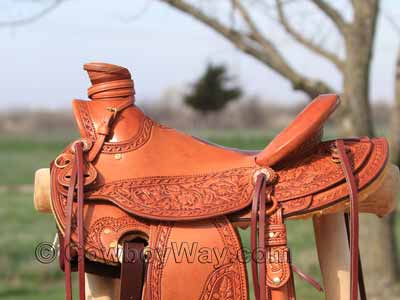 A ranch saddle with a thick saddle horn