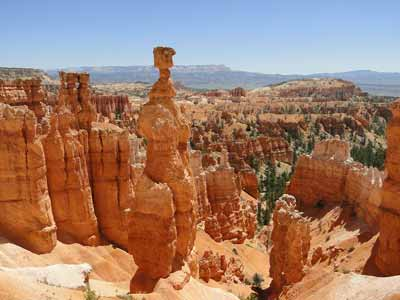 Hoodoos like these can be seen when trail riding in Bryce Canyon